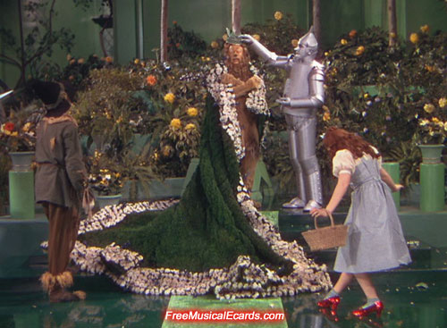 dorothy-gets-heartbroken-in-the-wizard-of-oz-1939-5.jpg