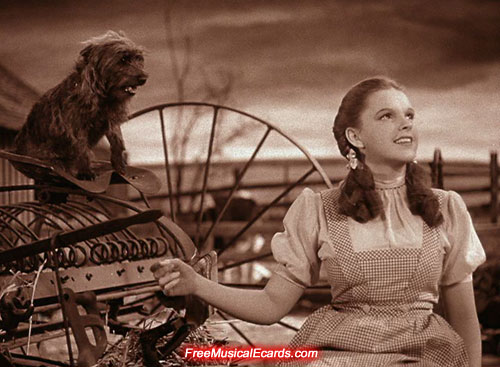 dorothy-sings-over-the-rainbow-in-the-wizard-of-oz-1939-6.jpg