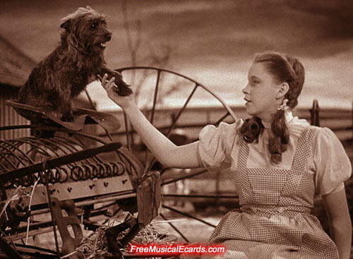 dorothy-sings-over-the-rainbow-in-the-wizard-of-oz-1939-7.jpg