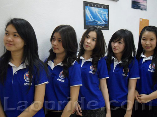 lao-female-students-2.jpg