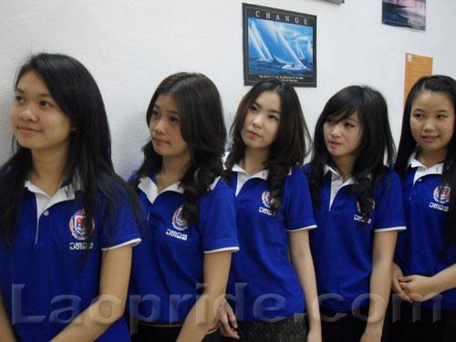 lao-female-students-2.jpg