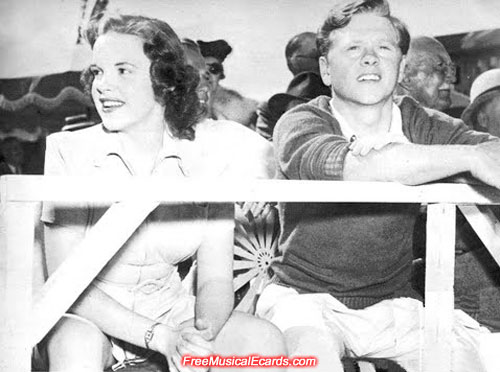 Judy Garland and Mickey Rooney enjoying the tennis