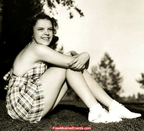 Judy Garland had sexy legs