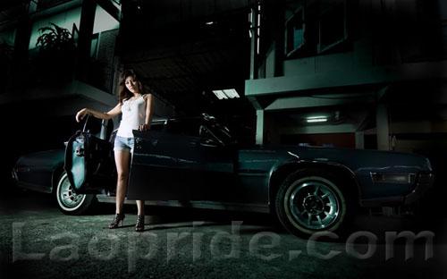 Nice Lao girl and car