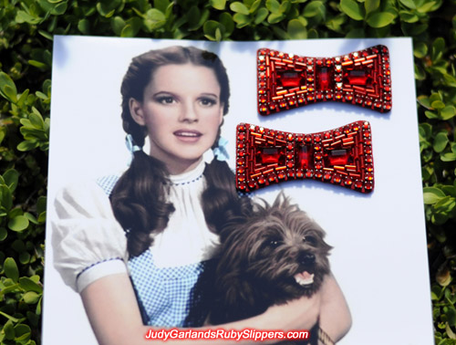 Authentic looking bows for Judy Garland's ruby slippers