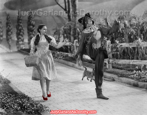Judy Garland as Dorothy and Scarecrow publicity still