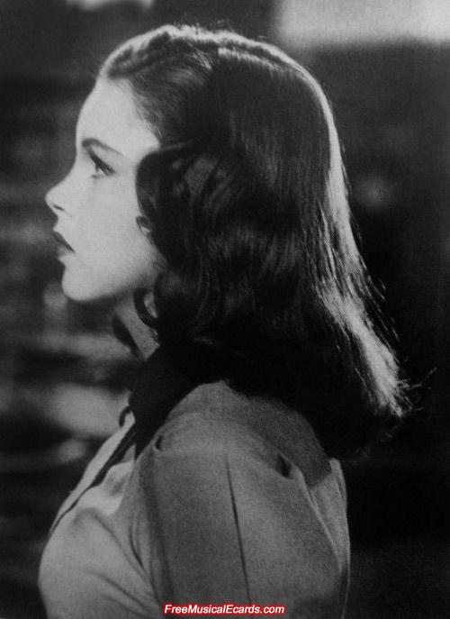 Judy Garland with long straight hair