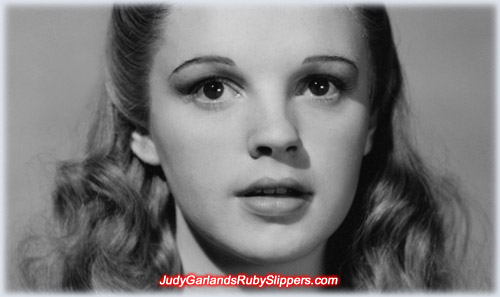 Rare photo of Judy Garland as Dorothy