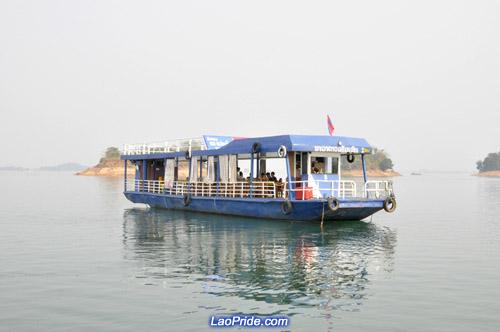 Trip to Talat, Vientiane province