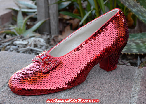 Final photos of this high quality pair of ruby slippers