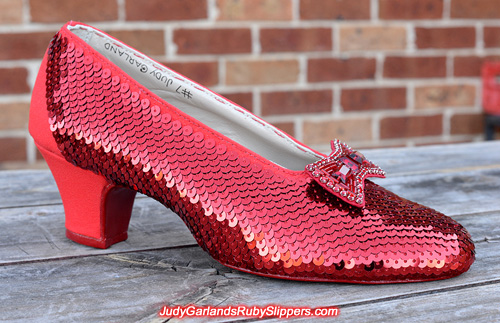 Sequining continues on the right shoe of the ruby slippers