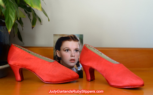 Size 5B shoes identical to the Witch's shoes ruby slippers