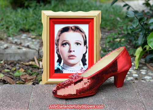 The right shoe for a size 8 ruby slippers is taking shape