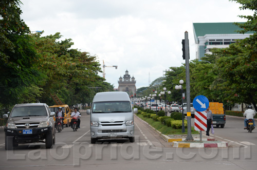 Traffic on Lane Xang Avenue in Vientiane, Laos