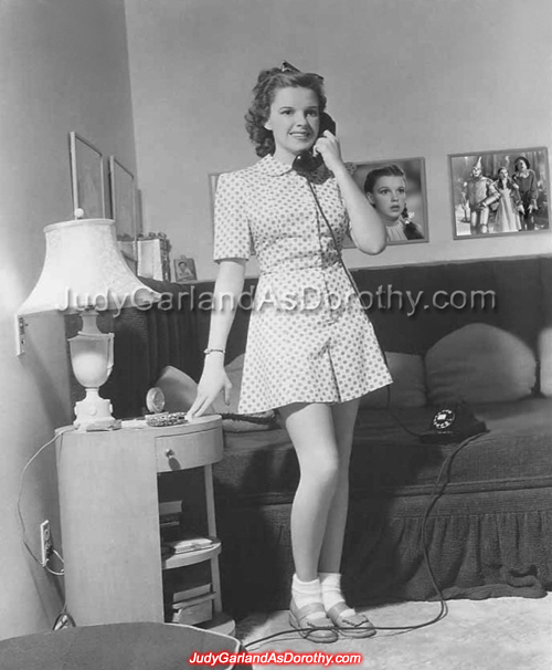 16-year-old Judy Garland on the phone