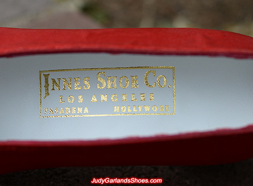 Innes Shoe Co. golden embossed label