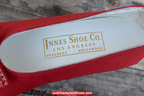 Innes Shoe Company golden embossed label