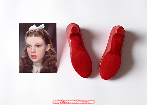 Red gloss paint on shoe soles