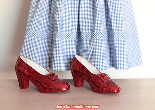 Exquisite size 5B hand-sewn ruby slippers