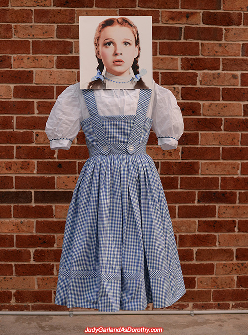 Judy Garland as Dorothy's accurate costume