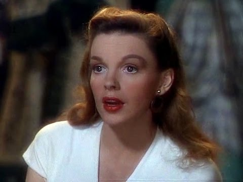 judy_garland_singing_mack_the_black_in_the_pirate.jpg
